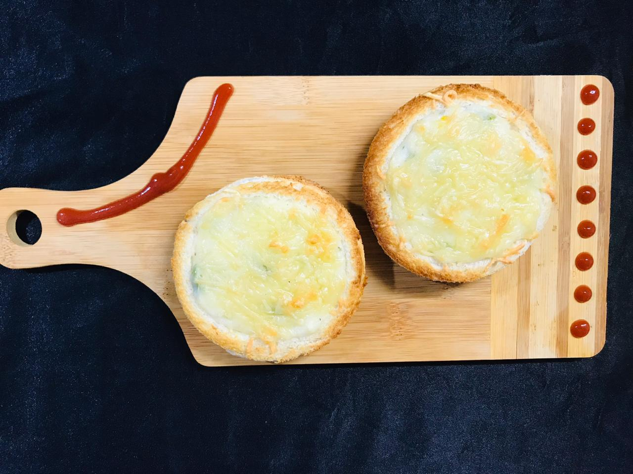 Pocket Corn Cheese Toastie